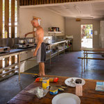 Tropic Breeze Caravan Park - Kochen im Camp Kitchen
