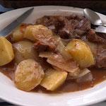 ビリーと作った牛肉の煮込みチャカラカ風味(ヌマセーレ村)