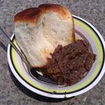 睡蓮と牛肉の煮込み(マウン市)