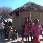 村の子供たち(ラホツアナ村)
