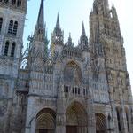 Die mächtige Kathedrale.