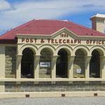 Das alte Post- und Telegrafenamt in Ophir ist immer noch in Betrieb.