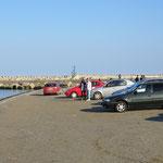 Finden viele Rumänen toll: Mit dem Auto an den Strand und das Meer schauen - im Auto.