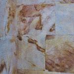 Der speziell marmorierte Stein fasziniert den Betrachter.