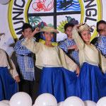 Die Festtage werden mit Tanz und Gesang auf der zentralen Bühne gefeiert.