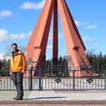 Eindrücklich und beklemmend: grosser russischer Soldatenfriedhof mit Mahnmal.