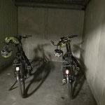 In Lyon müssen wir in der Tiefgarage(!) eine Garagenbox für unsere Velos mieten. Das gab es bisher nie!