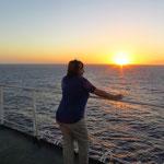 Sonnenuntergänge sind auf dem Meer eine Wucht!