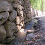Mit einem ausgeklügelten Kanalsystem bekommen alle Wasser für ihren Garten.