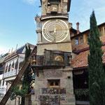 Die Altstadt hat einige interessante Ecken und viele Beizen.