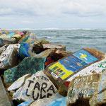 In Nabucca Head haben sich viele Urlauber auf den Steinen verewigt.