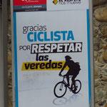 Danke Radfahrer, dass du den Gehsteig respektierst. Tun wir immer!