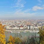 Blick vom Stadtteil Buda nach Pest.