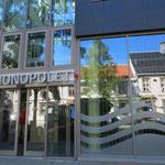 Besser gesichert als eine Bankfiliale: Vinmonopolet (Wein- und Spirituosenladen) in Trondheim.