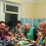 E Guete! Wir geniessen die ukrainische Küche von Tamara.