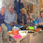 Wir geniessen das Essen sehr! Muchos gracias, Flor y Emilio!!