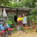 Er hat Freude an uns Radfahrern und offeriert den guten Kaffee. Thank you!