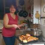 Marcela ist eine vorzügliche Köchin. Sie verwöhnt uns sehr!