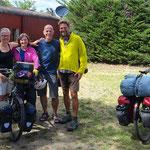 Gabi und Hans aus der Schweiz treffen wir auf einem Zeltplatz.