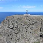 Das Nordkapp, ein gut 300 Meter hoher Felsen.
