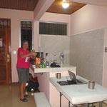 Mit grossem Glück ergattern wir uns Liberia ein kleines Appartement, können kochen und bequem unsere Velos für die Heimreise verpacken.