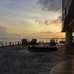 Abend über Sandakan.