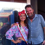 Mit der Schönheitskönigin von San Pedro - das lässt sich Pit nicht nehmen!