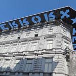 """Eindrücklich und beklemmend ist das Museum """"Haus des Terrors"""" mit Ausstellungen zum 2. Weltkrieg und zum Ungarnaufstand 1956."""