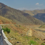 Im Anstieg zum Kamchik-Pass.