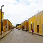 Die Häuser in der Innenstadt von Izamal sind alle gelb gestrichen.