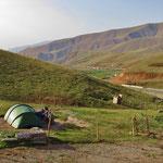 Ein schöner Lagerplatz auf dem Chyrchyk Pass, 2405 m.