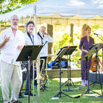 Tom Allen, Jeff Reilly, Pete Gemmell, Patricia  O'Callaghan, and Lori Gemmell are seen here during our Sunday Mainstage Concert.