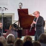 James Campbell teams up with John Novacek to perform Brahms.