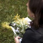 Wildblumen sammeln ©Verena Wendl