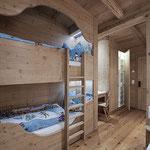 Zimmer mit Stockbett im Vital Chalet Edelweiß