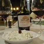 Tzatziki e Vino Rosso Tsantali (Cabernet e uve autoctone della penisola)