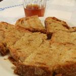 La colazione di una volta: Pane Miele e Vino
