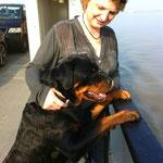 Emma (Ulani) auf Schiffsreise