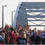 Iedereen is een fotograaf, Rijnbrug Arnhem