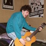 Mie à 20 ans dans son appartement début des années 90