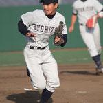 投手 岡本拓也(1年:北大津高校出身)
