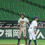 外野手 犬塚(1年:北九州市立高校出身)