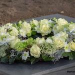 Blütenkranz in weiß
