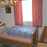 Ferienwohnung Nabburg - Hofblick - Zweibett-Zimmer