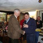 Herzlichen Dank an Willi Schulte für 40 Jahre Treue zum Verein.