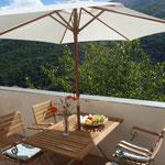 Balkon mit unvergleichlichem Blick in die Berge um Rezzo.