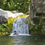 """Giara di Rezzo""  mit kleinem Wasserfall."