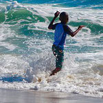 Spiel und Spaß im Ligurischen Meer.