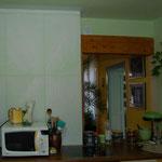 Die Küche blieb während der gesamten Malerei in Betrieb. Haftgrund aufgebracht