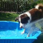 Beim Wasserspiel